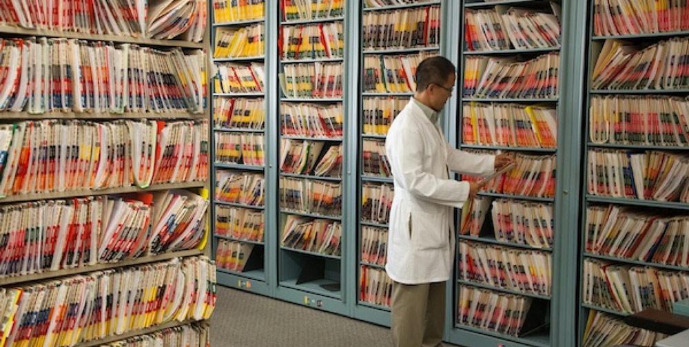 صرفه جویی در هزینه های بایگانی با کمک اسکن سوابق پزشکی