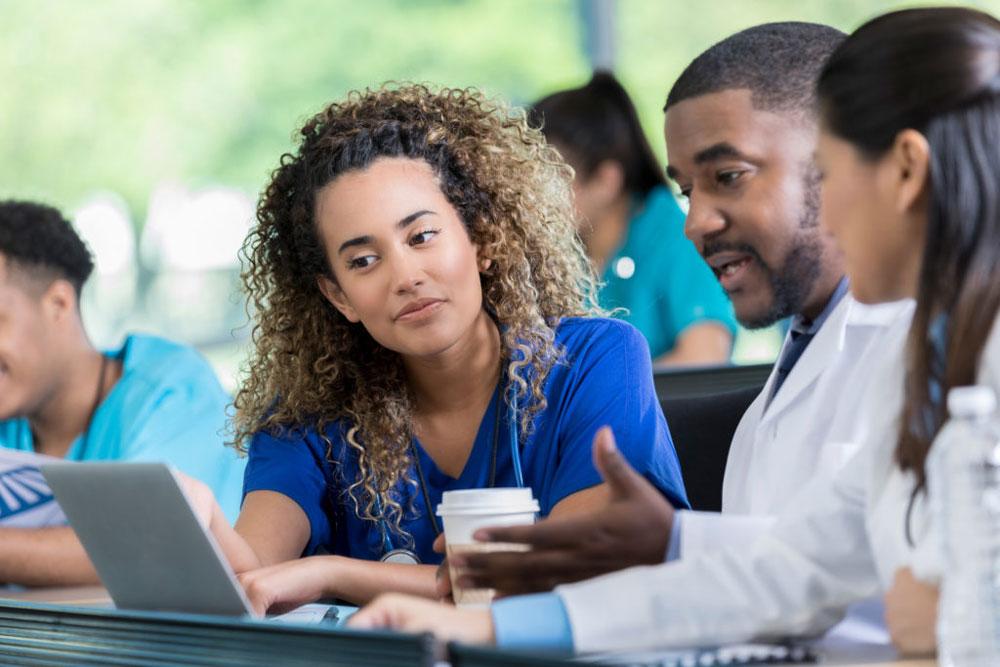 سفارشی سازی آموزش پرونده الکترونیک سلامت