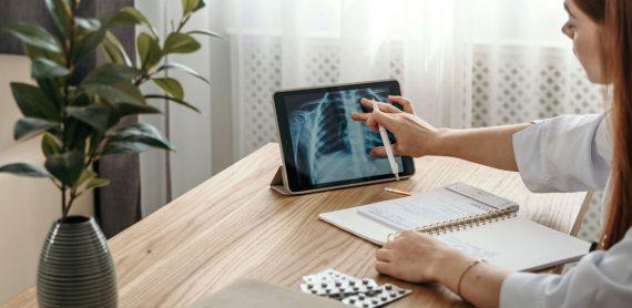 پرونده الکترونیک سلامت یا پزشکی، کدام برای شما بهترین است؟